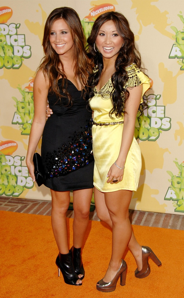 Ashley Tisdale & Brenda Song -  The stars had a  Suite Life of Zack and Cody  reunion on the red carpet.