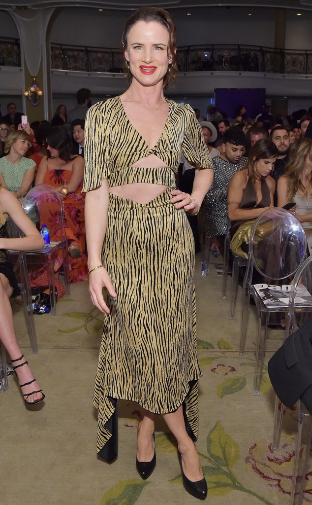 Juliette Lewis -  The actress looked fierce and fabulous in this bold print.