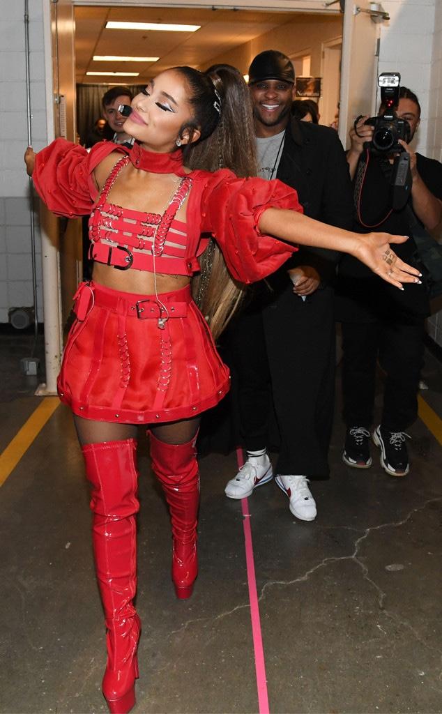 Ariana Grande, Sweetener World Tour