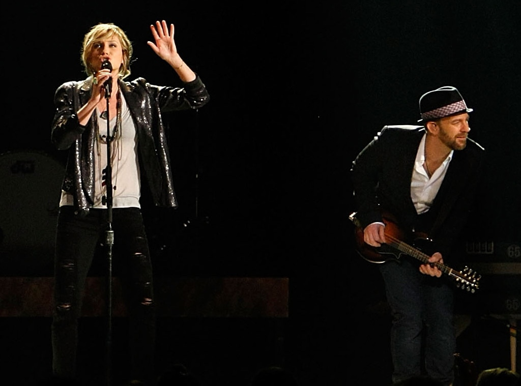 Sugarland -  The band composed of Jennifer Nettles and Kristian Bush is caught rehearsing before the big night.