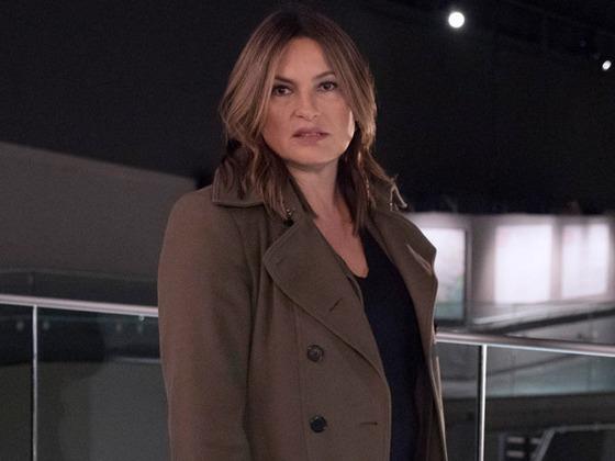<i>Law & Order: SVU</i> Memo Mystery: Is Benson's Job in Danger?