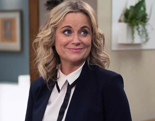 7 Moments From Parks and Recreation Proving Leslie Knope Would Know How to Solve All This