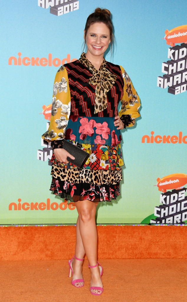 Andrea Barber -  The actress arrives to the Kids' Choice Awards while representing Fuller House , which is nominated for Favorite Funny TV Show.