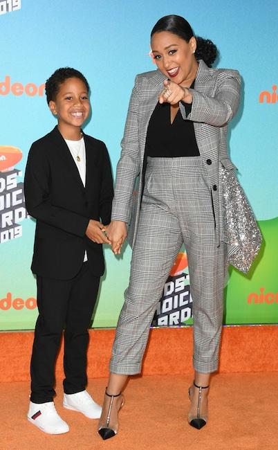 Tia Mowry, Cree Taylor Hardrict, Nickelodeon 2019 Kids Choice Awards, Arrivals