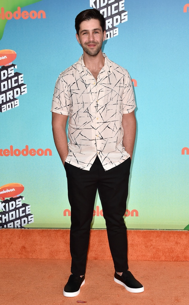 Josh Peck -  The former Nickelodeon star goes back to his stomping roots at the 2019 Kids' Choice Awards.