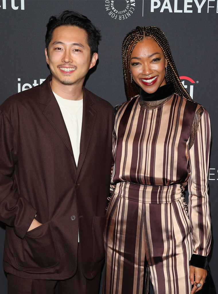 Steven Yeun & Sonequa Martin-Green -  Reunited and it feels so good! The former  The Walking Dead  co-stars pose at PaleyFest in Los Angeles.
