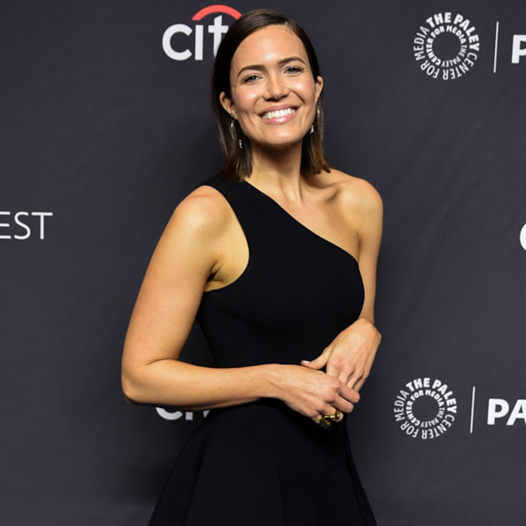 Mandy Moore Is Pregnant Expecting First Baby With Taylor Goldsmith – E! NEWS