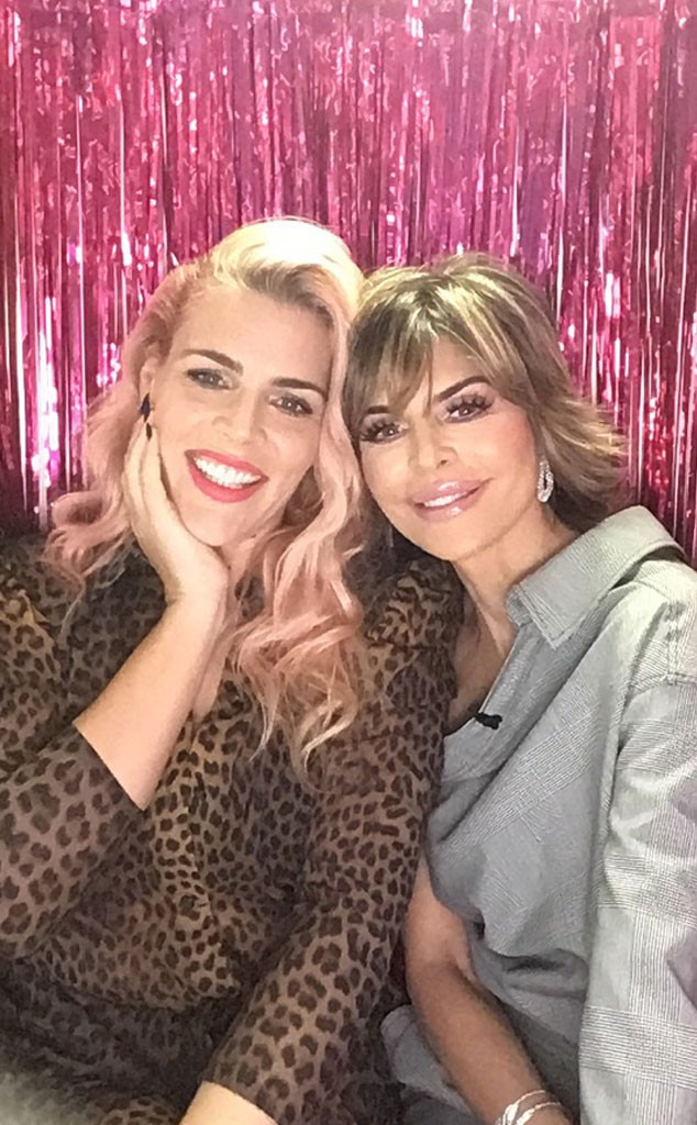 Lisa Rinna -  The  Real Housewives of Beverly Hills  star takes a break from spilling the tea for a pic in the photo booth.