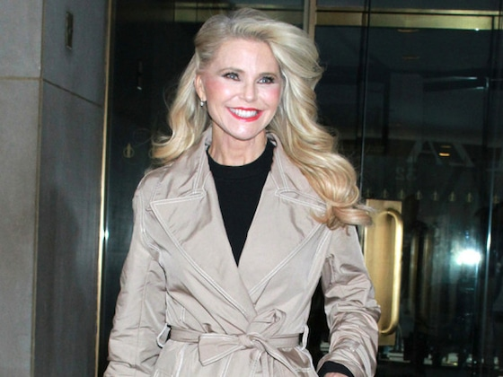 Christie Brinkley Responds to Wendy Williams' Claim She Faked <i>Dancing With the Stars</i> Injury