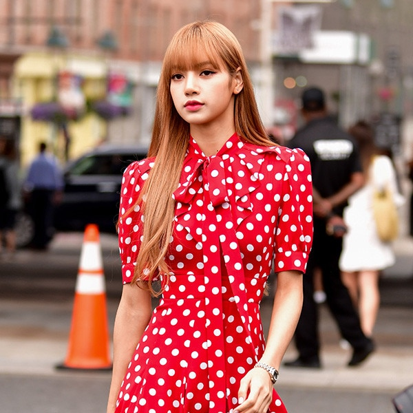 All Of Lisa From BLACKPINK\u0027s Most Stylish Moments