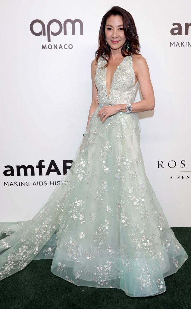 Mint Perfection - Crazy Rich Asians  actress  Michelle Yeoh  stuns in a mint green gown with gorgeous floral details at the amfAR Gala in Hong Kong.