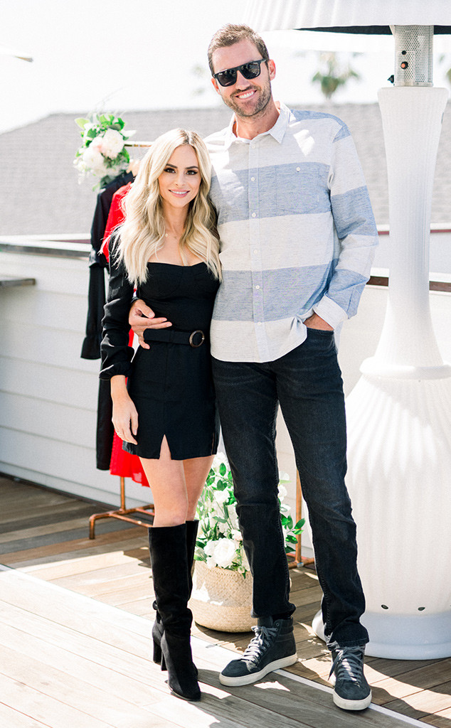 The Bachelor's Amanda Stanton and Bobby Jacobs Break Up | E! News