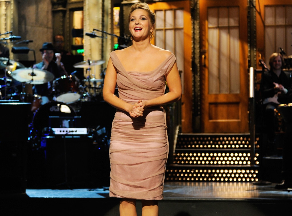An  SNL  Legend -  Not only is Drew the youngest person to ever host  Saturday Night Live , taking center stage in Studio 8H at only seven years old, but when she returned in 2009, she became the first female to have hosted the show a total of six times. Tina Fey  would come to tie her record in 2018.