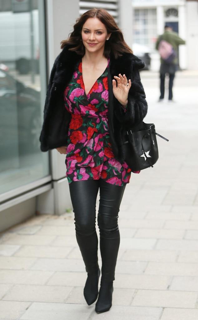 Katharine McPhee -  Funin floral!