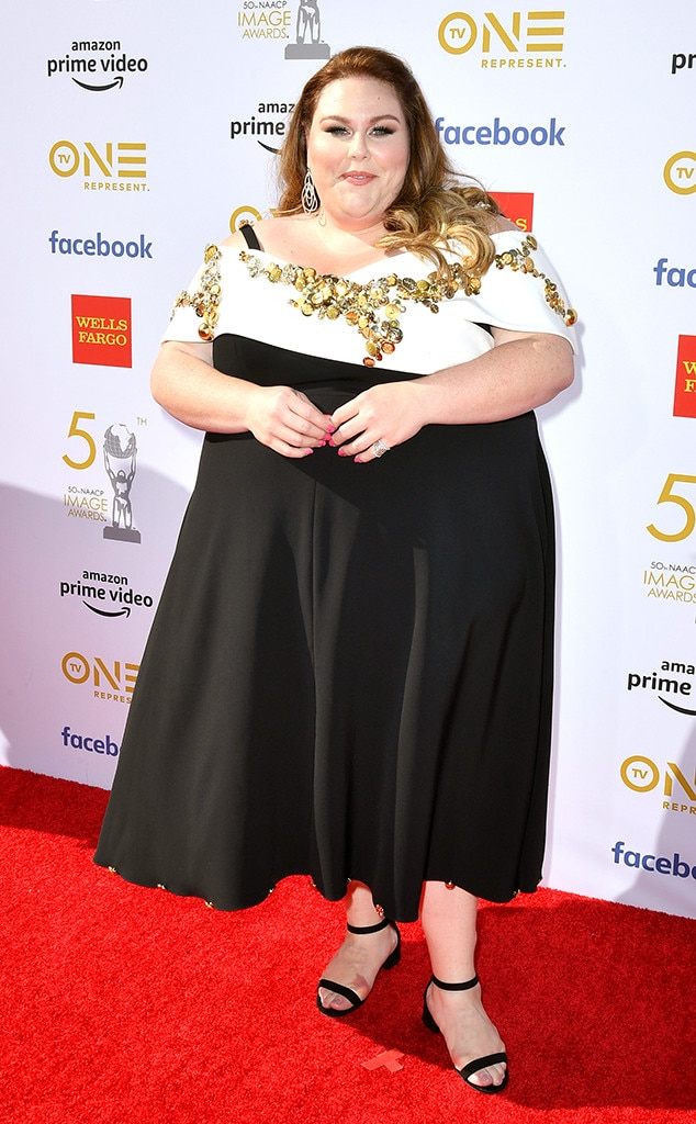 Chrissy Metz -  The This Is Us  star looks stunning in an off-the-shoulder black dress.