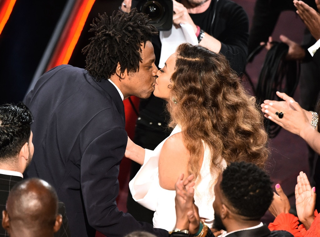 Beyonce & Jay-Z -  Crazy in Love!