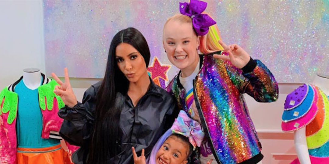 Kim Kardashian, Jojo Siwa and More Stars to Appear at 2021 Nickelodeon Kids' Choice Awards - E! Online.jpg