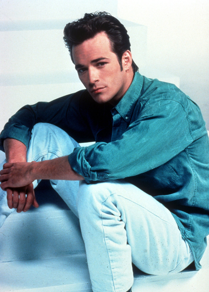 a427e975a How Beverly Hills, 90210 Made Luke Perry a Brooding Heartthrob for the Ages