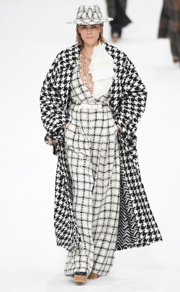 Cara Delevingne, Chanel, Paris Fashion Week 2019