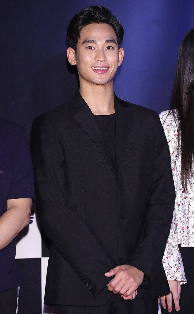 Top 10 Most Handsome Kpop Idols 2019-2020 (Hottest Male Korean Idols)