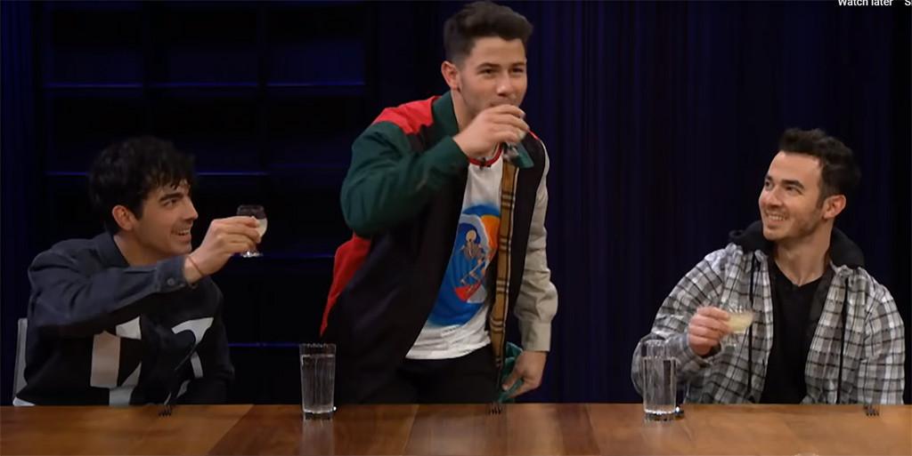 Nick Jonas, Joe Jonas, Kevin Jonas, Jonas Brothers, Late Late Show, Spill Your Guts