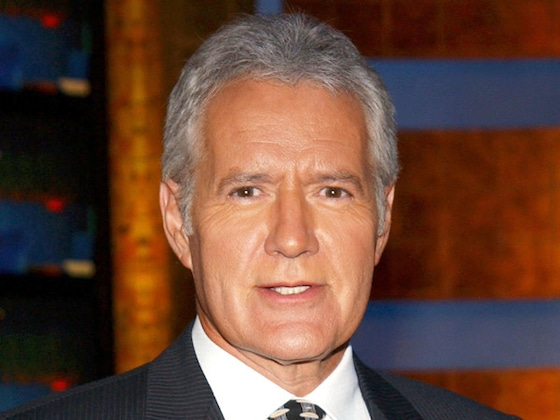 "Alex Trebek Says ""Passing On"" Doesn't ""Frighten"" Him As He Undergoes Chemotherapy Again"