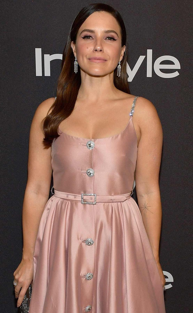 "Sophia Bush -  Bush, who left Chicago PD in 2017, will star in the CBS spy thriller  Surveillance  as Maddy, the head of communications for the NSA, ""a charming operative who finds her loyalties torn between protecting the government's secrets and her own.""  Dennis Haysbert ,  Catalina Sandino Moreno ,  Matthew Modine ,  Allen Leech , and  Raphael Acloque  also star."