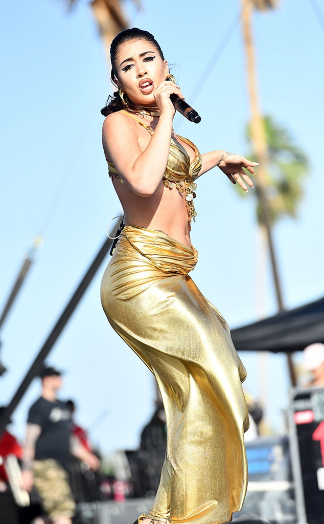 Kali Uchis -  The Columbian-American singer-songwriter lights up the stage with her glimmering gold two-piece.
