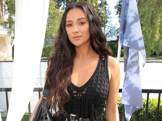 Shay Mitchell Gives Birth to Her First Child