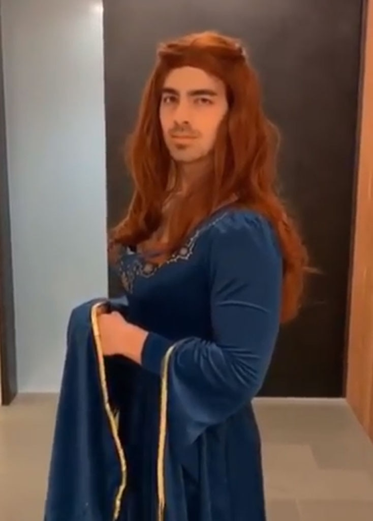 Joe Jonas -  Joe Jonas, who is engaged to  Game of Thrones  star Sophie Turner, dressed up as his fiancée's character Sansa Stark for the premiere. He previously  dressed in the same costume  for Halloween in Oct. 2018.