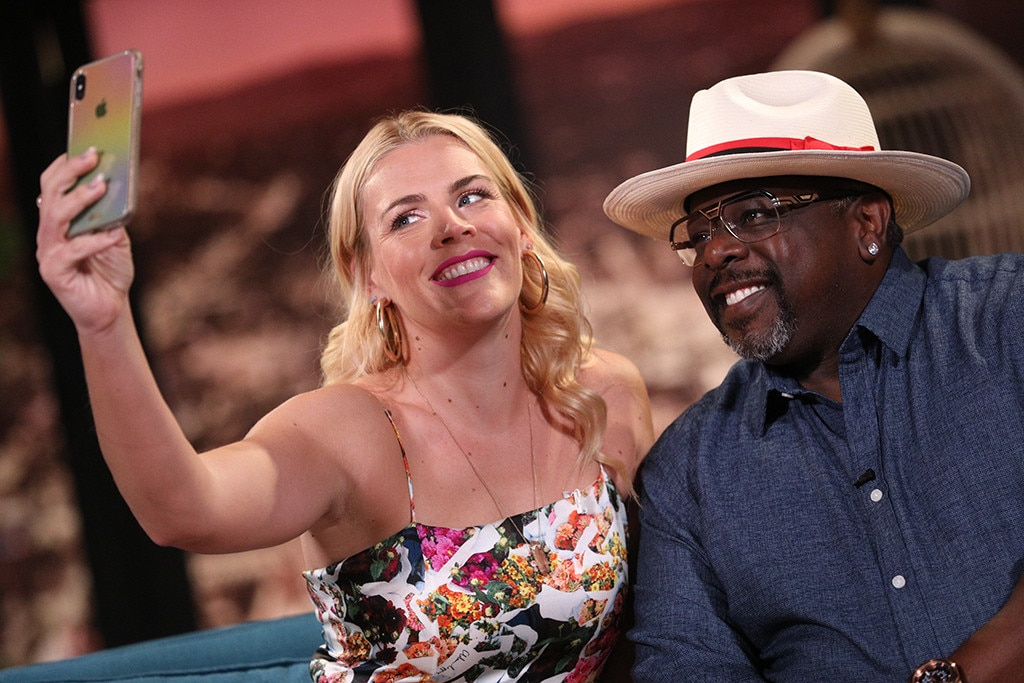 Cedric the Entertainer -  Busy snaps a selfie with  The Neighborhood  star, who  dished all about working with Oprah Winfrey !