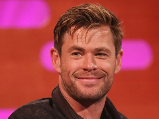 Watch Chris Hemsworth Hilariously Ride a Rollercoaster at Disneyland