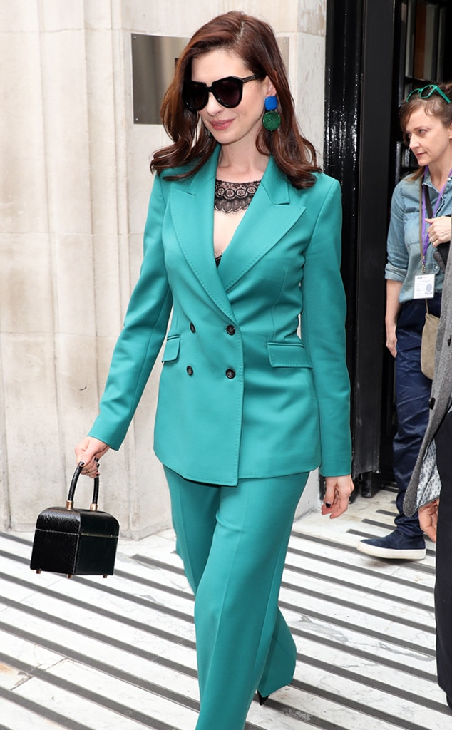Anne Hathaway -  True blue!
