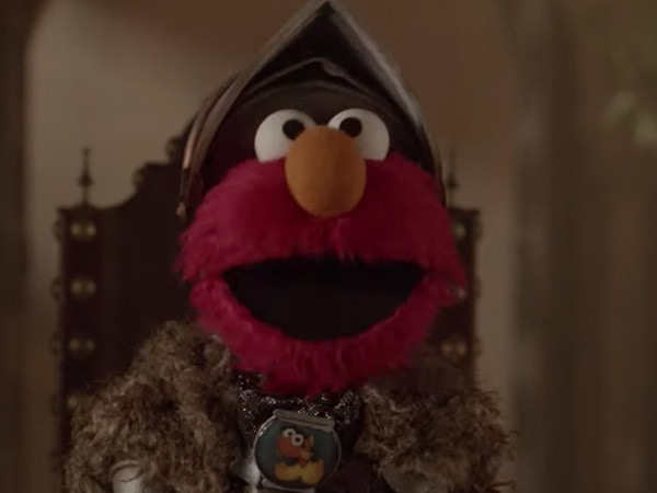 Elmo Ends <i>Game of Thrones</I> in Adorable <i>Sesame Street</i> Crossover</i>
