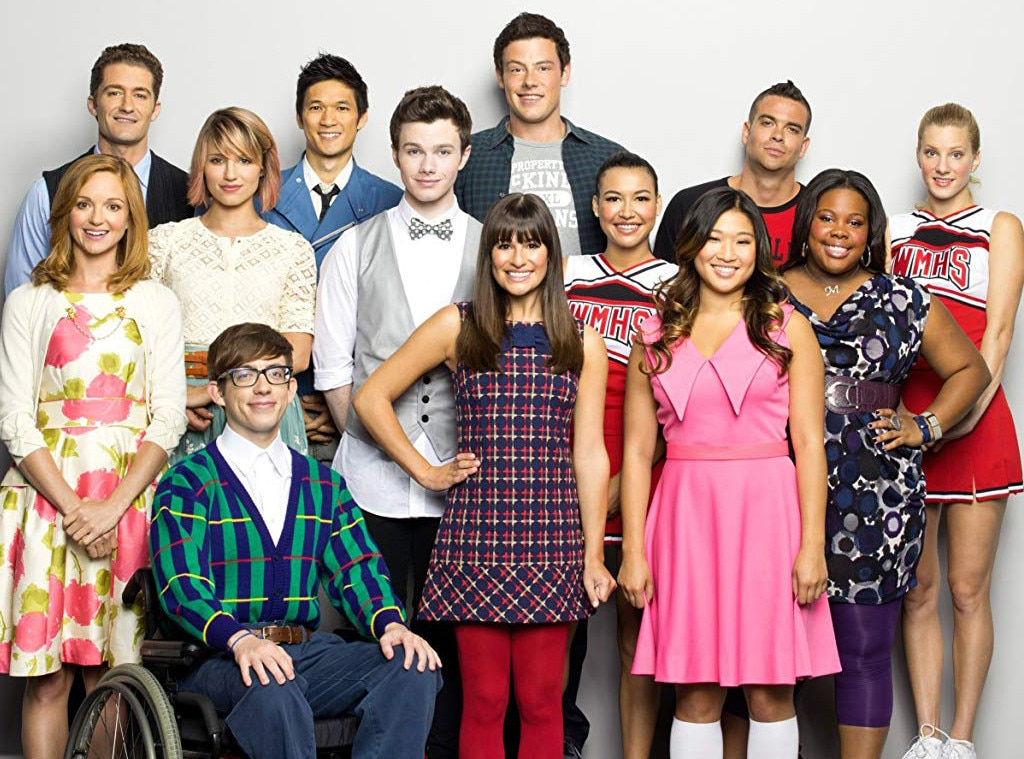 Who is dating who on glee