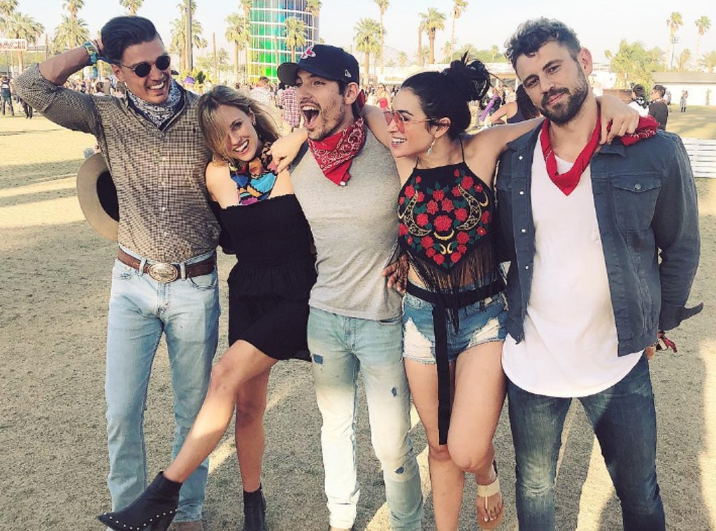 "Dean Unglert, Kendall Long, Jared Haibon, Ashley ""i"" Iaconetti & Nick Viall -  It's a small world after all when you're in the California dessert!"