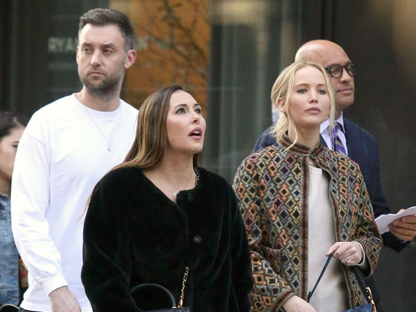 Adele, Cameron Diaz and More A-Listers Arrive for Jennifer Lawrence's Wedding