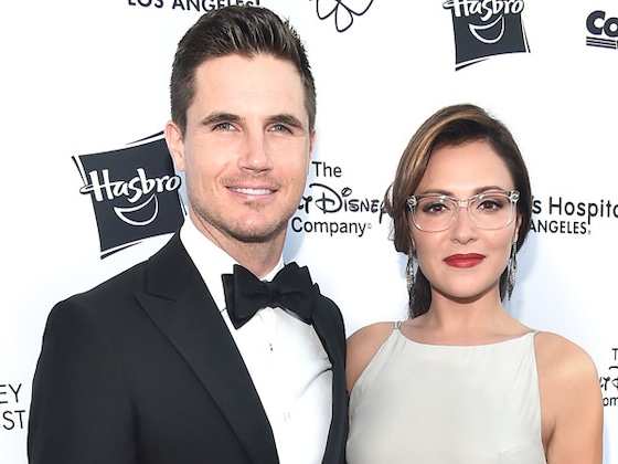 Robbie Amell and Italia Ricci Expecting First Child Together