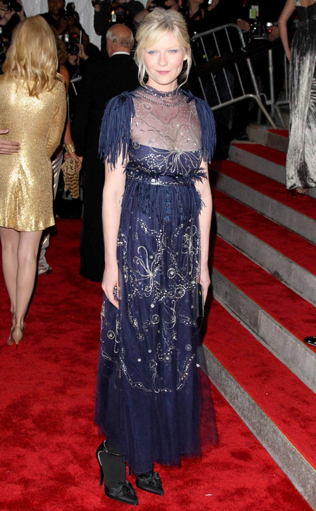 Kirsten Dunst -  Fringe, beads and lace never looked better than on the Elizabethtown  star.