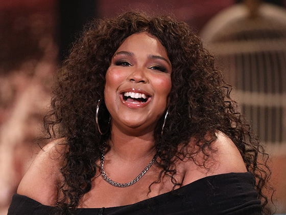 Watch Lizzo Recount the Time She &quot;Slid Into Drake's DMs&quot; on <i>Busy Tonight</i>: &quot;It Was Bold!&quot;