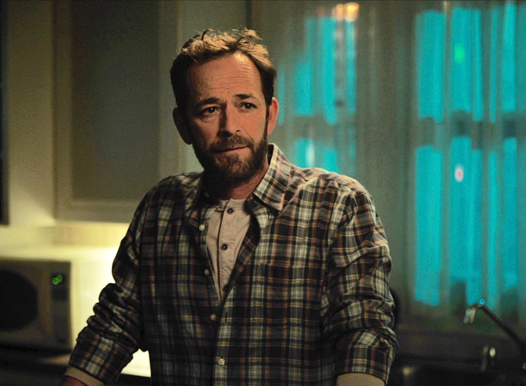 Luke Perry's Final Riverdale Scene Was the Epitome of Fred Andrews