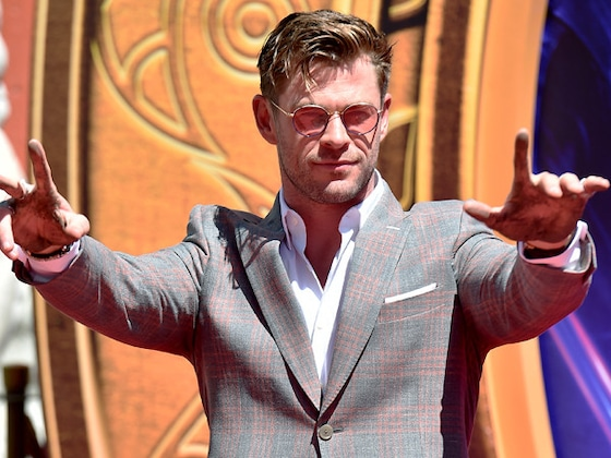 Fans Are Convinced Chris Hemsworth Misspelled His Name at <i>Avengers</i> Handprint Ceremony