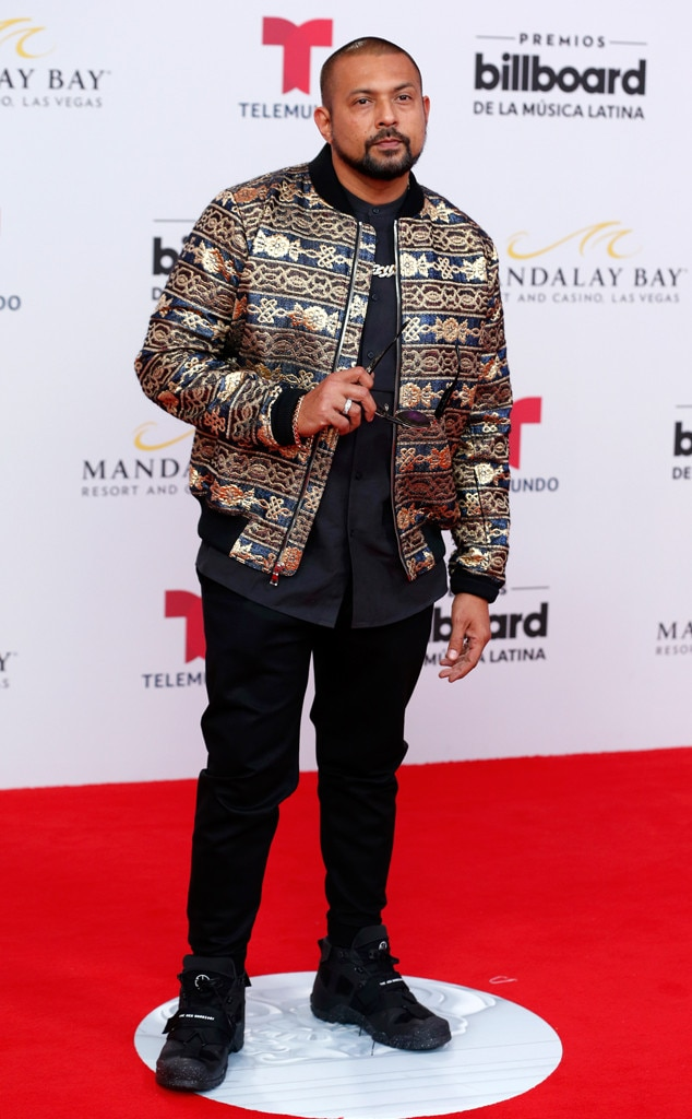 "Sean Paul -  We've got ""Mad Love"" for the singer's latest red carpet look in Las Vegas."