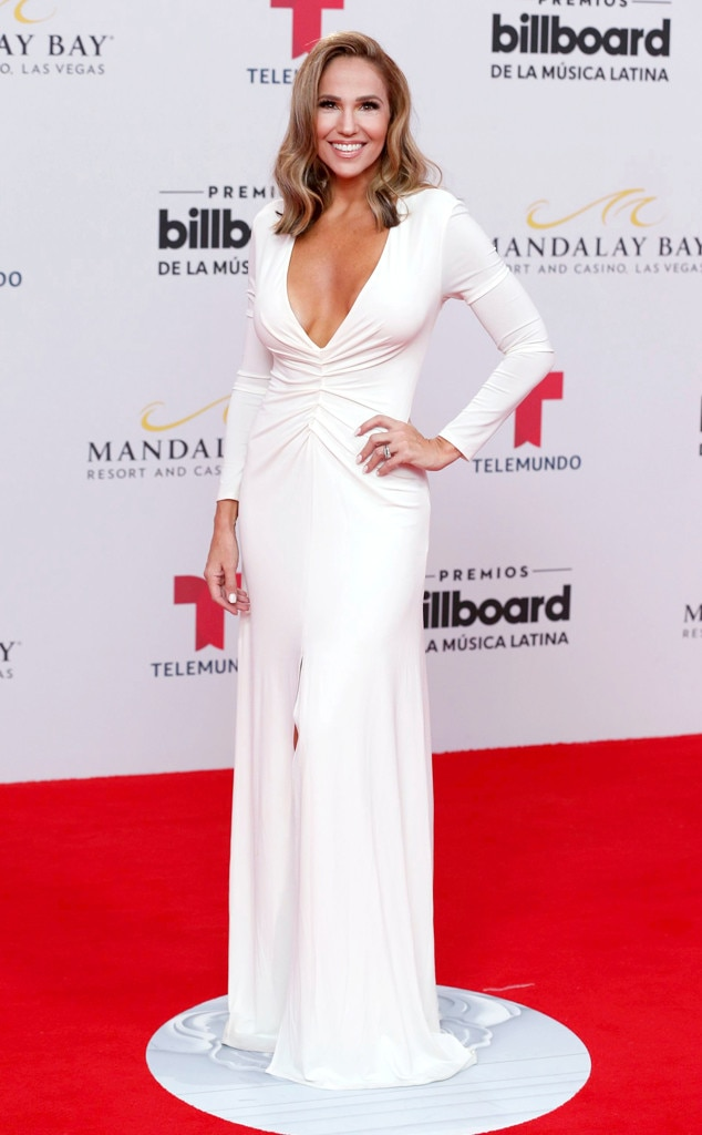 Ivette Machin -  Wowing in white!