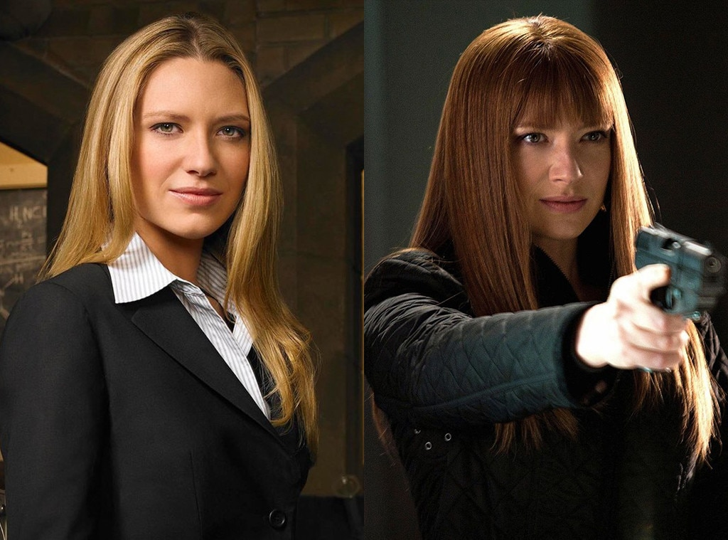 Anna Torv in  Fringe  -  Anna Torv broke hearts everywhere as Olivia and Fauxlivia, the red headed alternate dimension version of her who stole her life for a time.