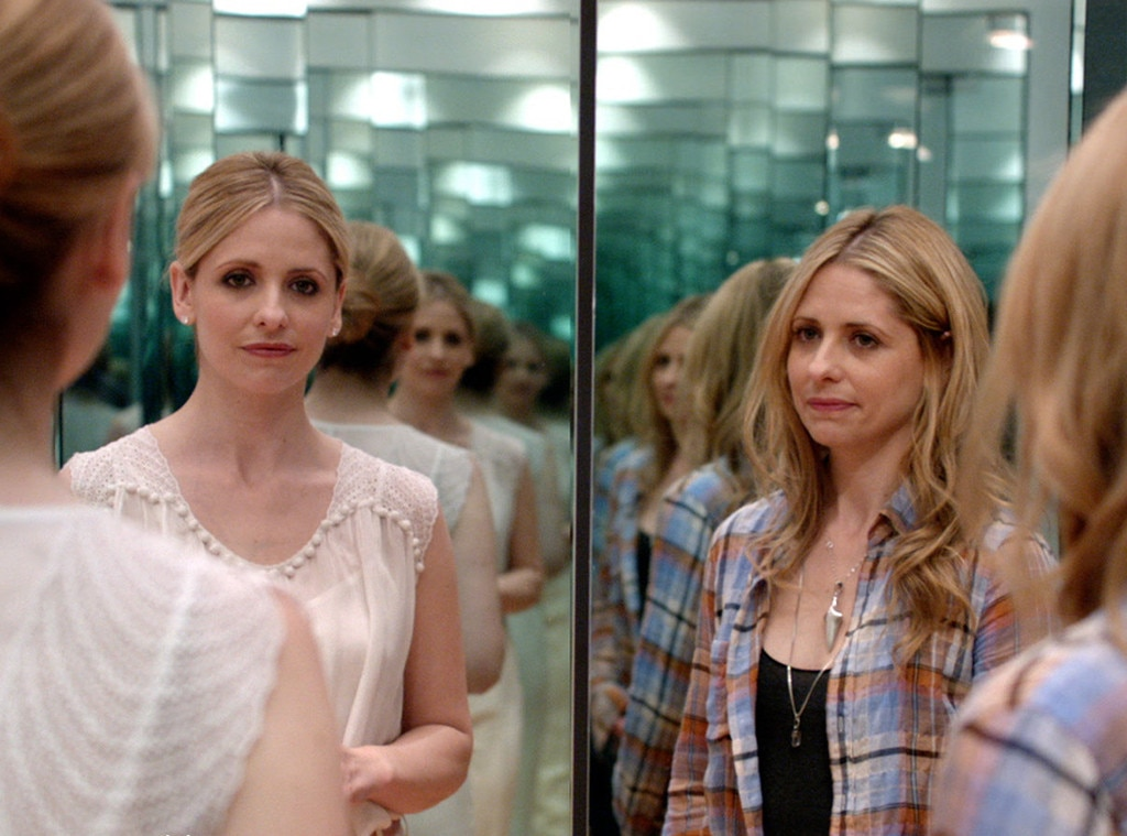 Sarah Michelle Gellar on  Ringer  -  SMG played troubled identical twin sisters Bridget and Siobhan on this short-lived CW series.