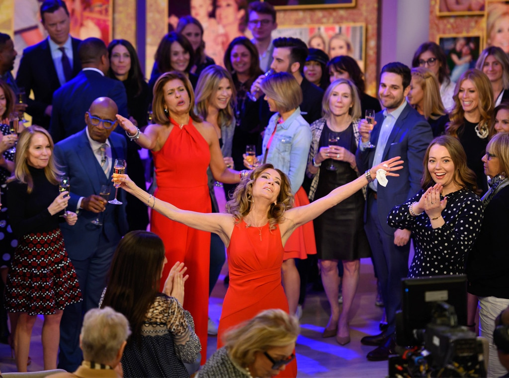 Kathie Lee Gifford & Hoda Kotb -  Farewell! The TV host  tearfully says goodbye  to Hoda Kotb and the rest of her colleagues at  Today  during her final show.