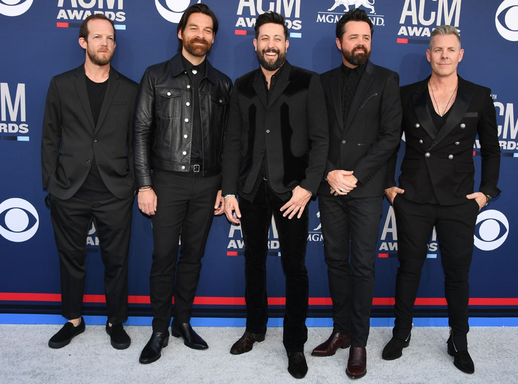 Old Dominion -  Looking sharp, you guys!