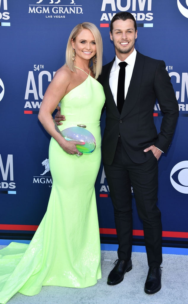 Miranda Lambert & Brendan McLoughlin -  Talk about a newlywed glow! The country music superstar arrives with her main main in their first  red carpet appearance  since getting married.