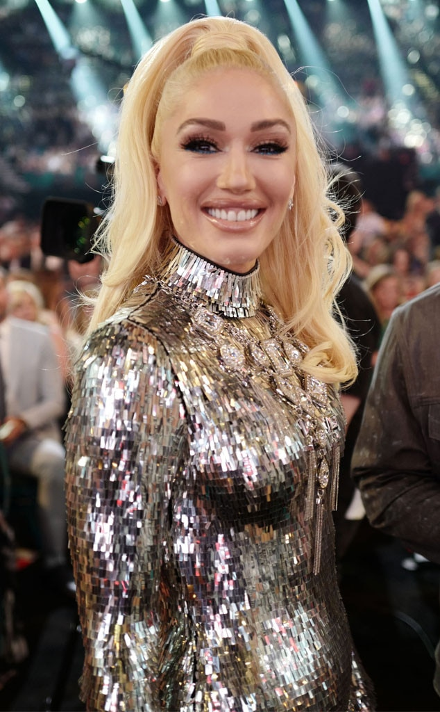 Gwen Stefani -  The songstress was all smiles as she supported her famous man,  Blake Shelton , at the event.
